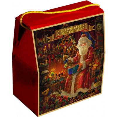 Новогодняя упаковка с золотым шнуром